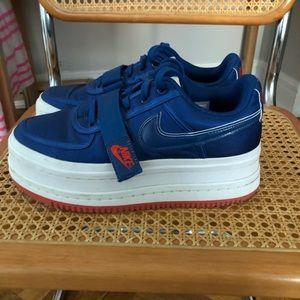 Nike Vandal Sneaker 9.5